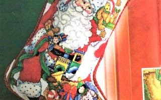 Рождественский сапожок с выкройками и схемами для создания волшебной атмосферы