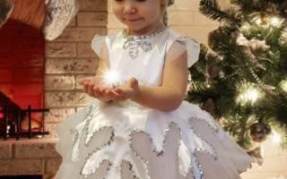 Как украсить платье-снежинку: делаем наряды для новогоднего утренника