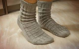 Мужские носки спицами: схемы и описание вязания сюрприза для любимого человека