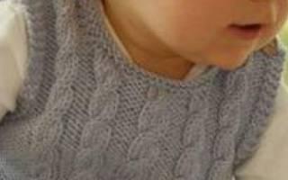 Безрукавка для мальчика спицами: лучшие идеи для стильного малыша