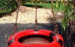 Качели из покрышки своими руками: доступная радость для детей