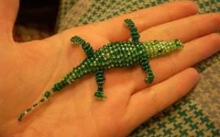 Крокодил из бисера: учимся плести оригинальную поделку